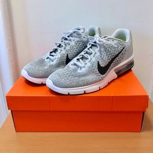 Nike Air Max Sequent 2 Mens Size 11 Gray Sneakers